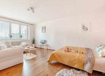 Prodej rekonstruovaného bytu 1+1, 39 m² ul. O. Jeremiáše, Ostrava - Poruba