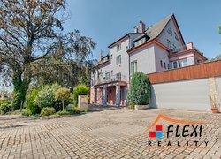 Prodej prvorepublikové vily, 600m² s pozemkem 1120m², Ostrava - Slezská Ostrava