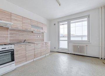 Dlouhodobý podnájem bytu 3+1 s lodžií, 65 m², Ostrava - Výškovice