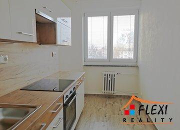 Pronájem bytu 3+1 v os.vl. balkonem, 74m² , ul. Lískovecká, Frýdek-Místek