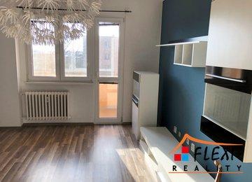 Pronájem zrekonstruovaného bytu 2+1, 54m² - Karviná - Mizerova, ul. Majakovského