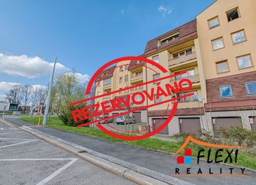 REZERVOVÁNO - Pronájem podkrovního bytu 3+1 s lodžií, dr.vl., 89m2, Slezská Ostrava, ul. Na Baranovci