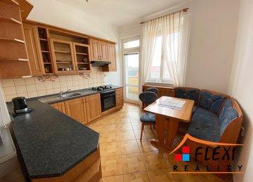 Pronájem prostorného bytu 2+1 s balkónem, os. vl., 77m2, Ostrava - Mariánské Hory, ul. U Vodojemu