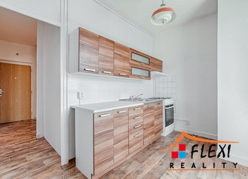 Prodej bytu v klidné části Karviné 2+1, 54m² - Karviná - Mizerov ul. na Kopci
