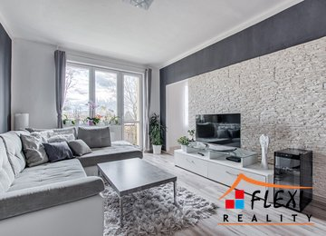 Prodej moderně zrekonstruovaného družstevního bytu 3+1 s balkónem, 67m² - Karviná - Ráj, ul. V Aleji