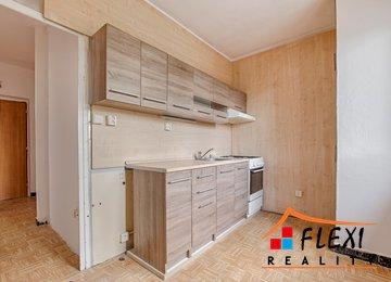 Pronájem družstevního bytu 2+1, 54m² - Karviná - Mizerov, ul. Majakovského