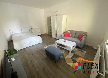 Podnájem zařízeného bytu 1+1 v dr.vl., 44m2, Moravská Ostrava, ul. Garážní
