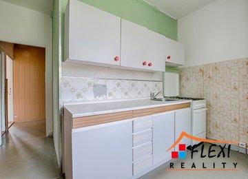 Prodej bytu 2+1 s lodžií, užitná plocha 57.77  m², os. vl., ul. Bavlnářská, Frýdek-Místek