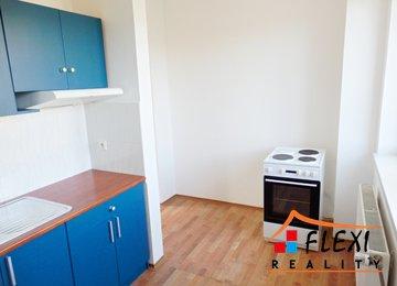 Pronájem bytu 1+1 (+ výklenek), 40 m², ul. Sadová, Frýdek-Místek