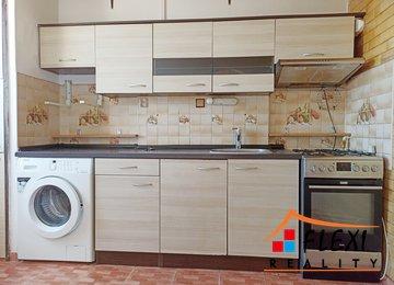 Pronájem bytu 2+1/45 m2 na ul. Vlasty Vlasákové v Ostravě - Bělský les