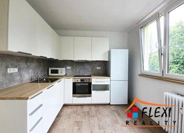 Pronájem zrekonstruovaného bytu 2+1, lodžie, 58,25 m², ul. Pionýrů, Frýdek-Místek