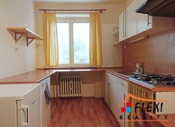 Pronájem bytu 1+1, 40m² s balkónem na ul. Čs. Exilu, Ostrava-Poruba