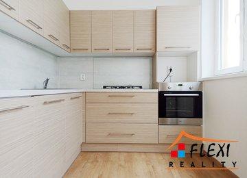 Pronájem bytu 2+1, 55m²  na ul. Bohumínská, Ostrava