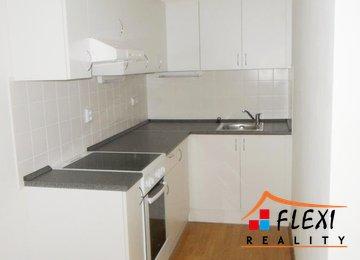 Pronájem, zrekonstruovaný byt s lednicí a pračkou, 48 m², ulice Roháčova, Ostrava