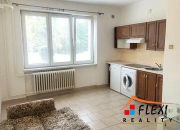 Pronájem družs. bytu 1+kk, (garsoniera) 25m², ul. U lesa, Karviná - Ráj PO REKONSTRUKCI, částečně zařízený