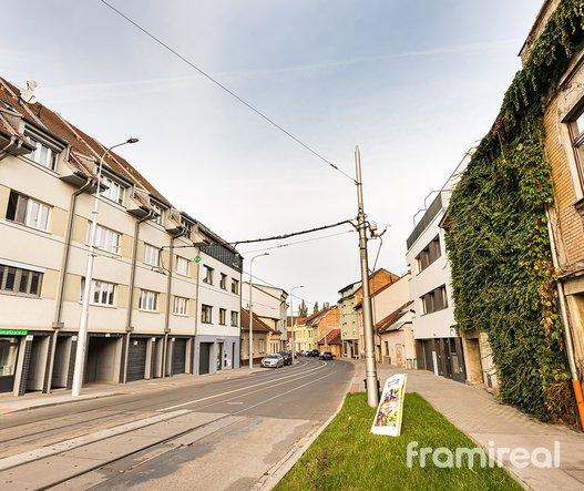 Pronájem, Byty 2+kk, 52m² - Brno - Valchařská
