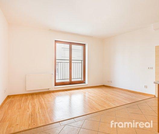 Pronájem bytu 2+kk, 50m² - Brno, ul. Starobrněnská