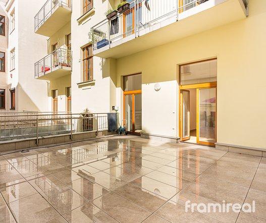 Pronájem byt 3+1, 104m² + 20m² terasa - Brno, ul. Starobrněnská