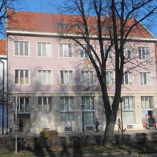 Prenájom kancelárii a obchodných priestorov v centre mesta Spišská Nová Ves