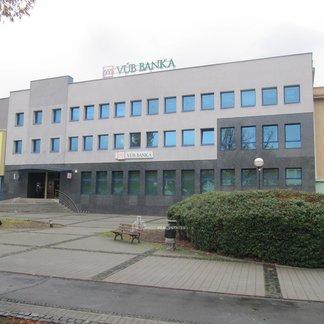 Prenájom kancelárii a obchodných priestorov v centre mesta Humenné