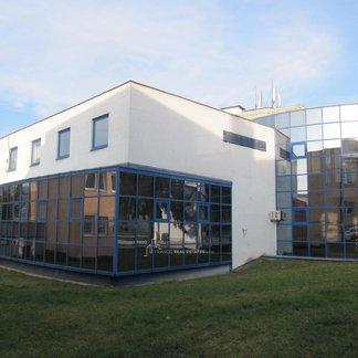 Prenájom kancelárii a obchodných priestorov širšom centre mesta Stropkov
