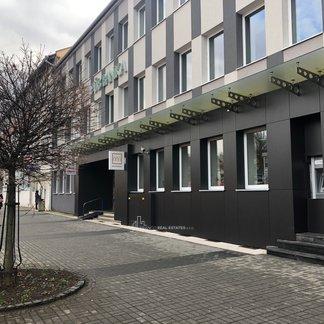 Prenájom - 3 i byt v centre mesta - Prievidza
