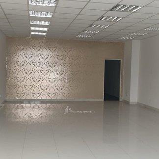 EXKLUZÍVNE - Prenájom - obchodný priestor - centrum Bánovce nad Bebravou