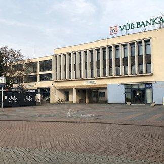 EXKLUZIVITA - Prenájom kancelárii v centre mesta Galanta