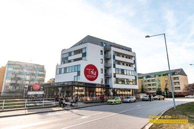 Pronájem bytu 1+kk, 40 m² - Hradec Králové - Třebeš, Ev.č.: 2019-032218