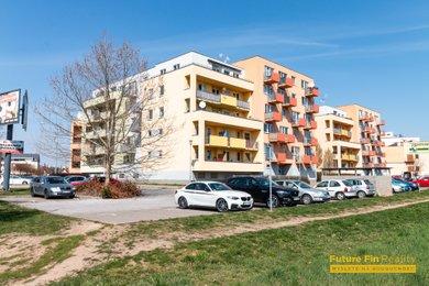Pronájem bytu 2+kk, 60m² - Hradec Králové - Třebeš, Ev.č.: 2020012