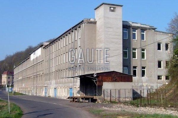 Prodej, Výroba, 9527m²