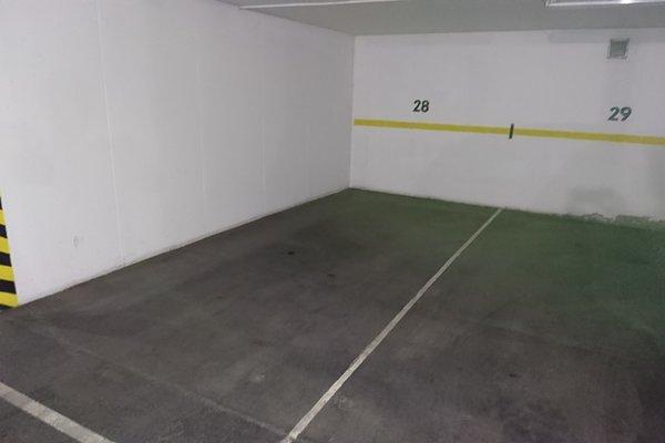 Pronájem, Garáže, 13m²