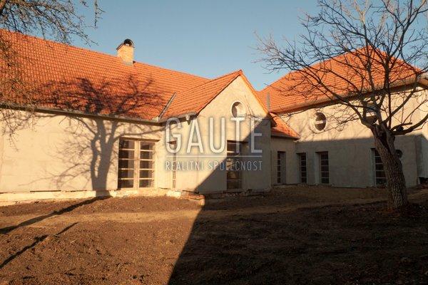 Prodej, Rodinné domy, 606m²