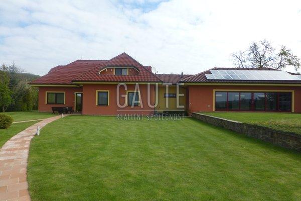 Prodej, Rodinné domy, 340m²