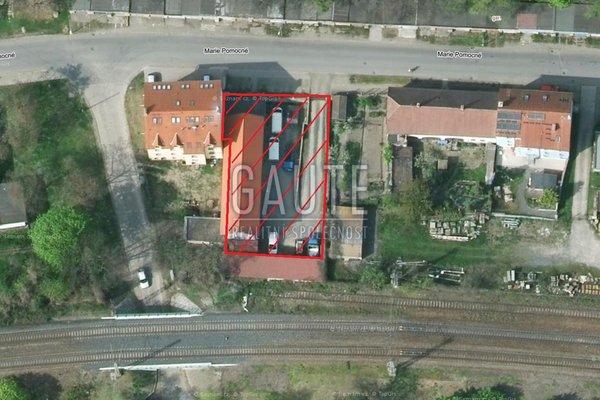 Prodej, Sklady, 239m²