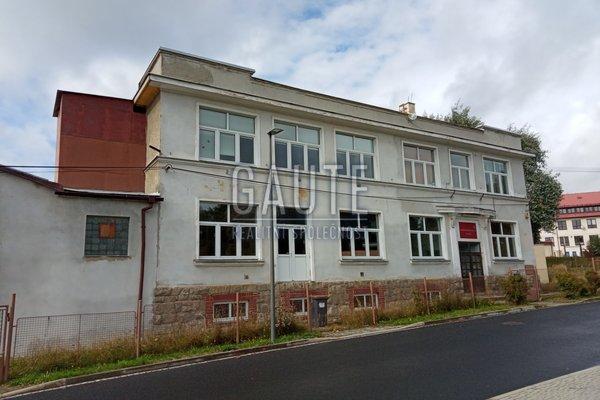 Prodej, Sklady, 2000m²