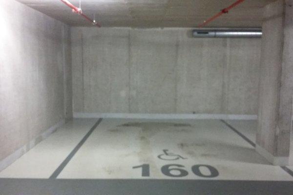 Pronájem, Garážové stání, 20m²