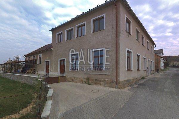 Prodej, Rodinné domy, 584m²