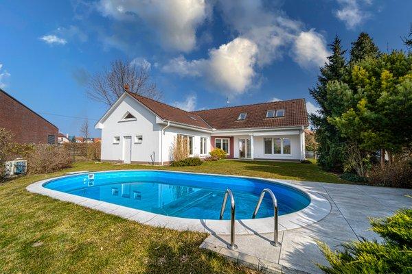 Prodej, Rodinné domy, 304m²