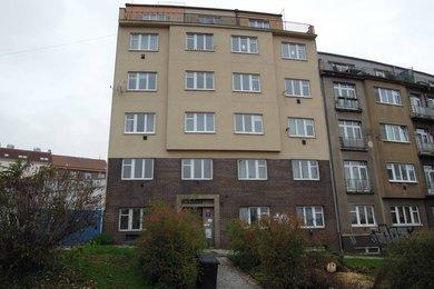 Garsoniéra se sklepem, 33,5 m2, Praha 5 – Smíchov, Křížová 264/43, Ev.č.: P5126407G