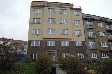 Byt  1+1 s dvěma terasami, 43,8 m2, Praha 5 – Smíchov, Křížová 264/43, Ev.č.: P5126423G