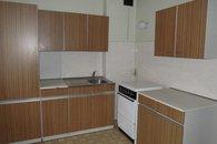 12. kuchyn