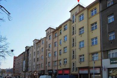 Byt 1 + 1 (51 m2) se sklepní kójí a okny do zeleného vnitrobloku, Praha 5 – Košíře, Vrchlického 479/51, Ev.č.: P5247901G