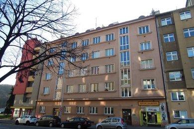Byt  1 + kk (33 m2) se sklepní kójí, Praha 5 – Košíře, Vrchlického 493/41, Ev.č.: P52493116G