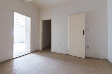 Byt 1 + kk (40 m²) se sklepní kójí, Praha 5 – Košíře, Plzeňská 950/127, Ev.č.: P5495005G