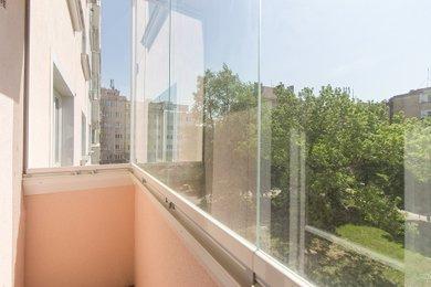 zasklený balkon 2
