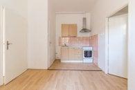 2. Kuchyň