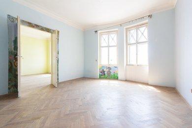 Byt 4+1 (182,5 m²) s balkonem a sklepní kójí, Praha 5 – Smíchov, Ostrovského 33/2, Ev.č.: P563302G