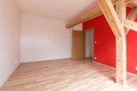 pokoj 2 - pohled ke dveřím