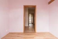 pokoj 3 - pohled ke dveřím